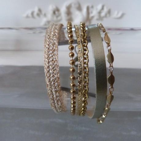 Bracelet manchette rubans haute-couture et chaînes fantaisie